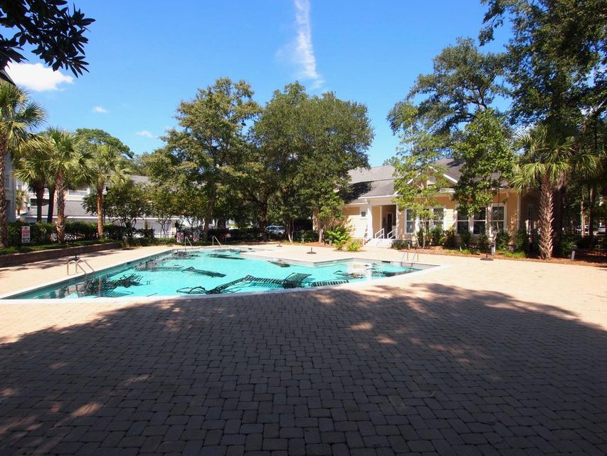 260  Seven Farms Drive Charleston, SC 29492