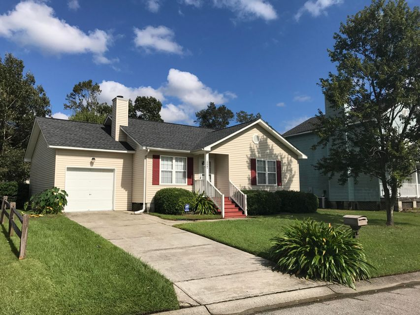 8584  Bentwood Drive North Charleston, SC 29406