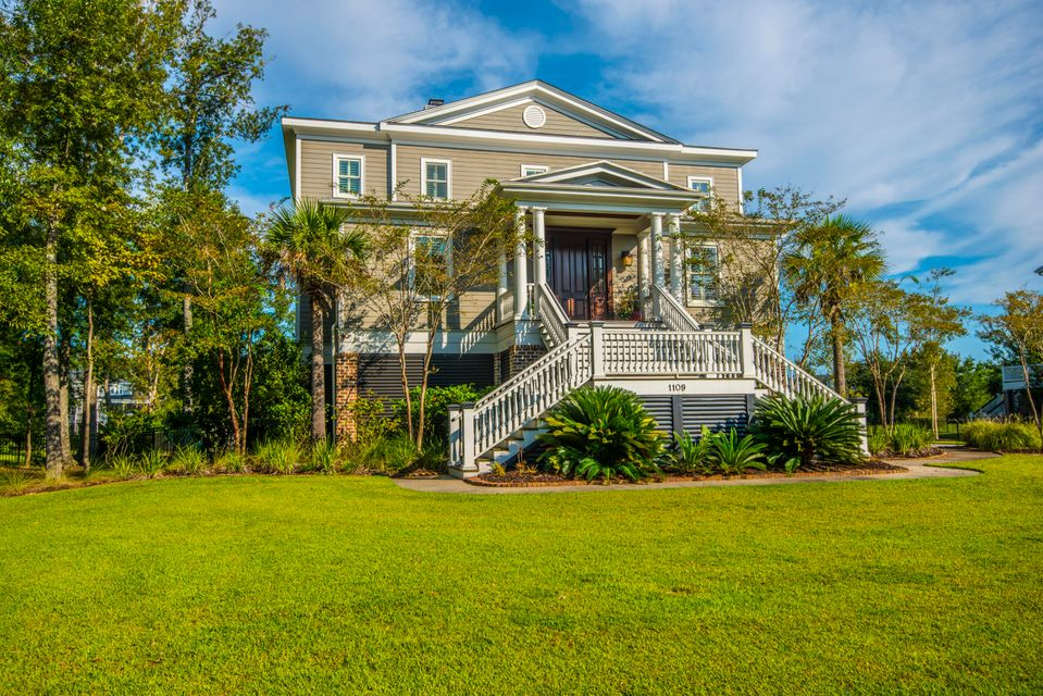 1109  Ayers Plantation Way Mount Pleasant, SC 29466