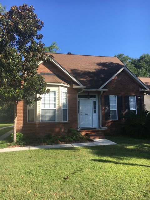 944  Provincial Circle Mount Pleasant, SC 29464