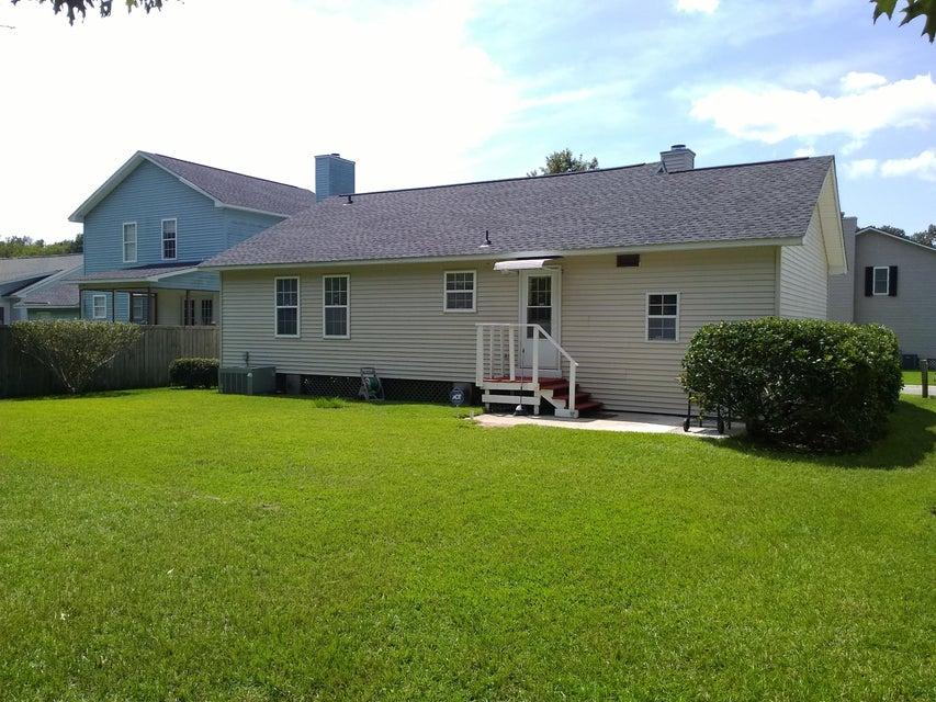 8584  Bentwood Drive North Charleston, SC 29406