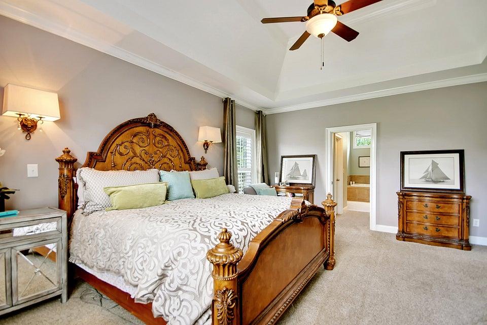 2752  Oak Manor Drive Mount Pleasant, SC 29466