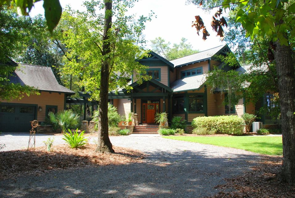 28  Middleton Oaks Road Charleston, SC 29414