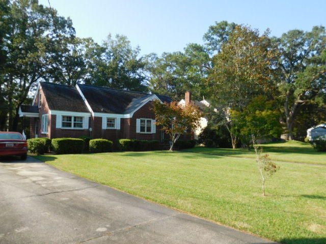1235  Forestwood Drive Charleston, SC 29407