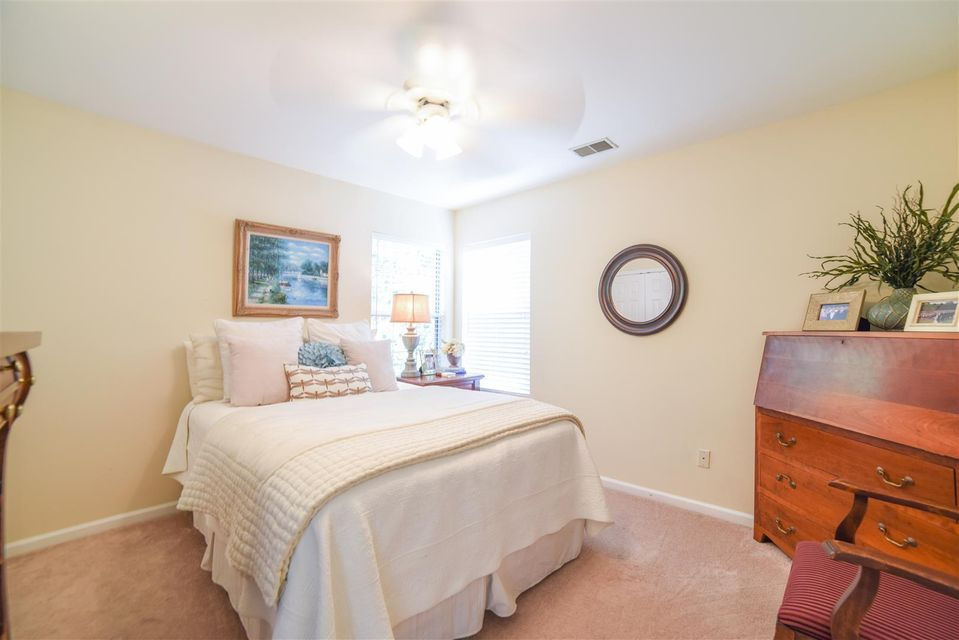 2090  Country Manor Drive Mount Pleasant, SC 29466