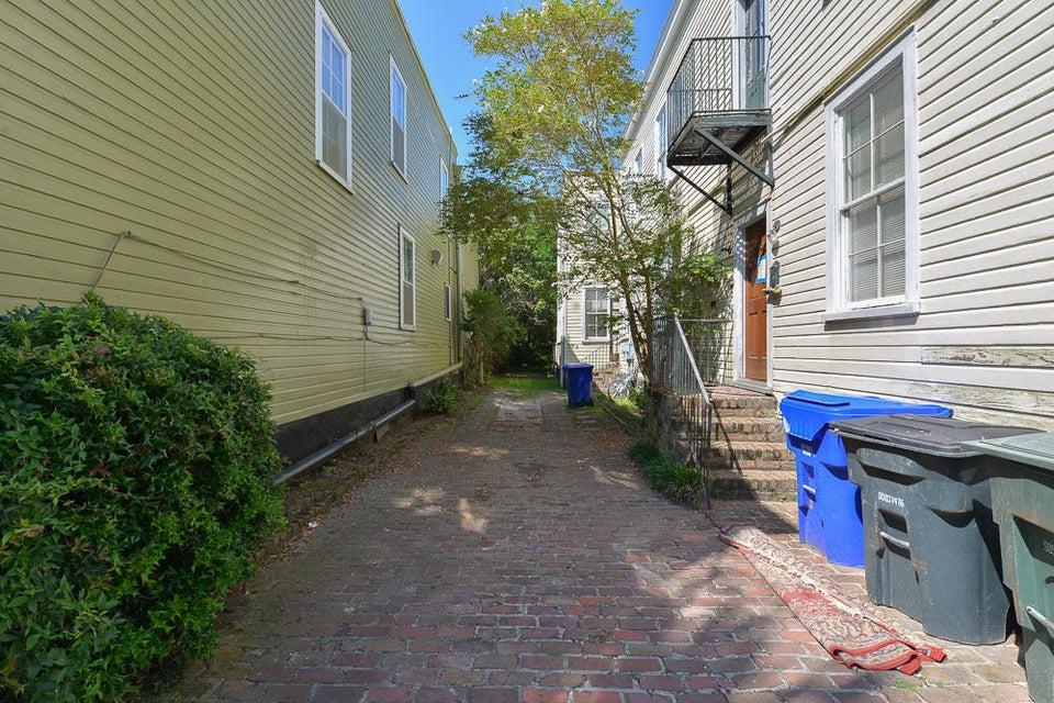 29 Gadsden Street Charleston, SC 29401