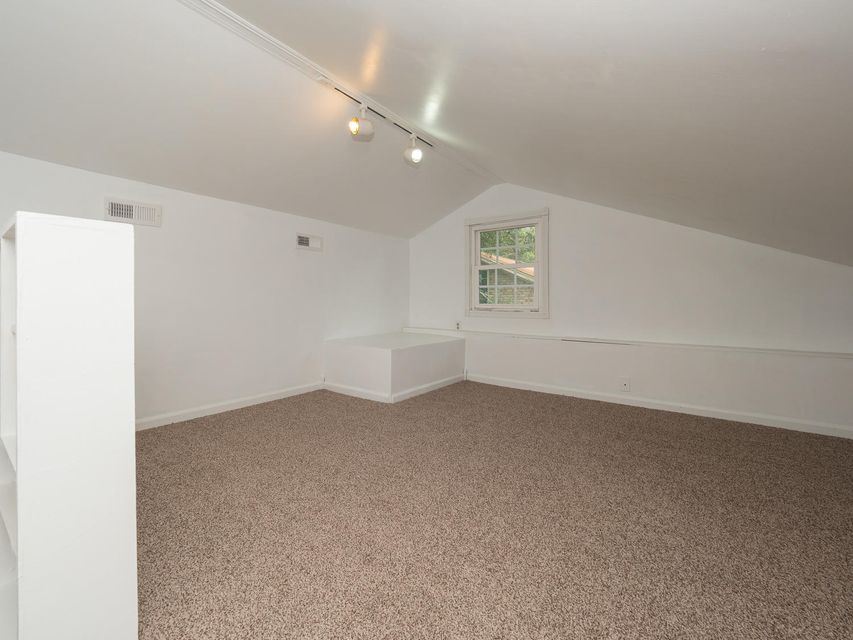 908  Searle Court Mount Pleasant, SC 29464