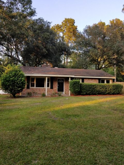 105  Newington Road Summerville, SC 29485