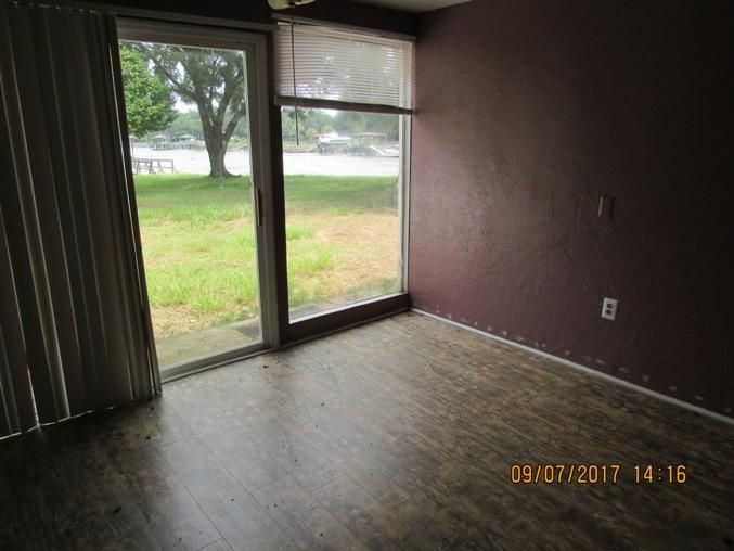 1267 S Edgewater Drive Charleston, SC 29407