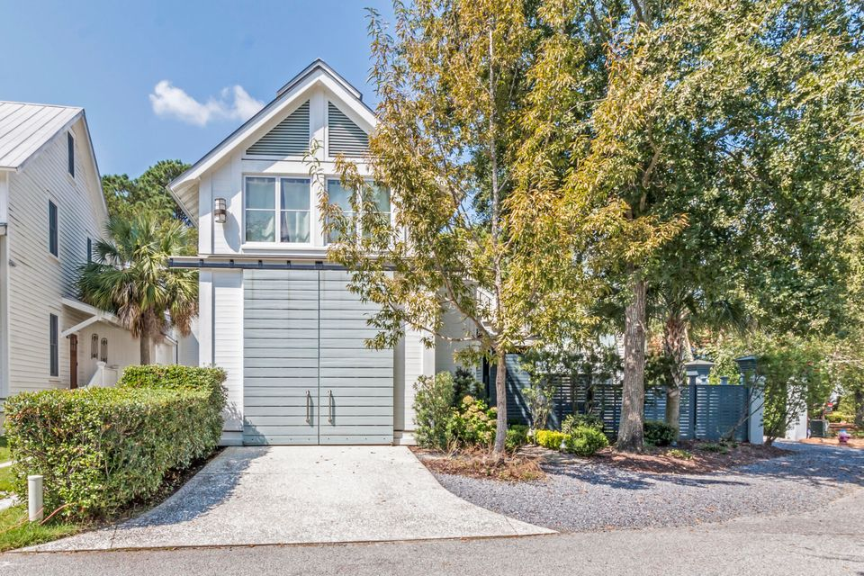 27  Hopetown Road Mount Pleasant, SC 29464