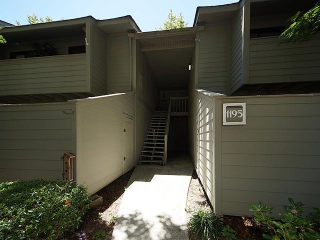 1195  Village Creek Lane Mount Pleasant, SC 29464