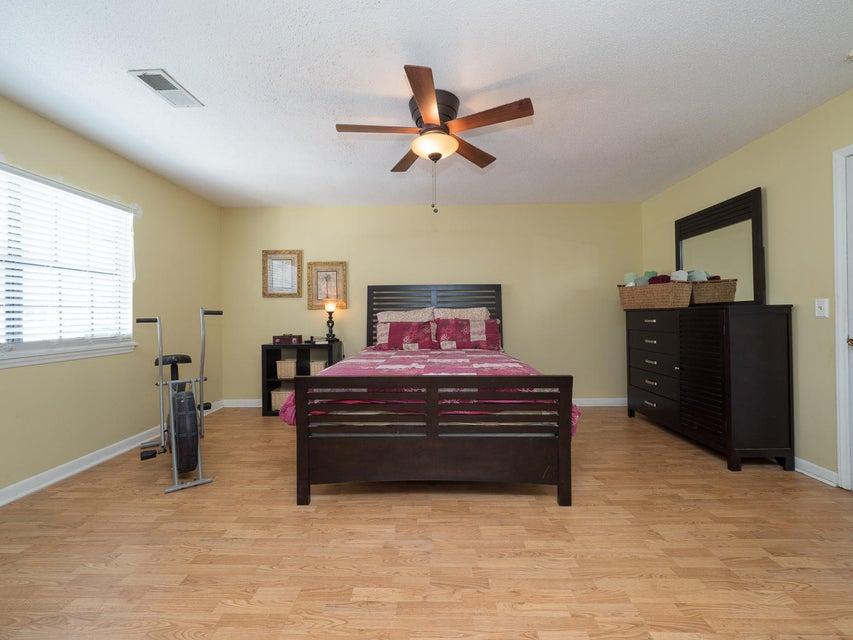 2937  Cathedral Lane Charleston, SC 29414
