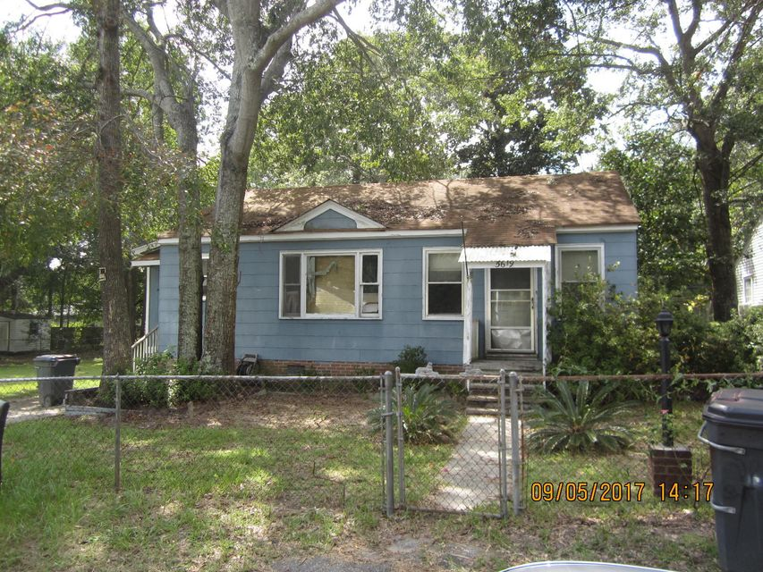 5619  Flanders Avenue North Charleston, SC 29406