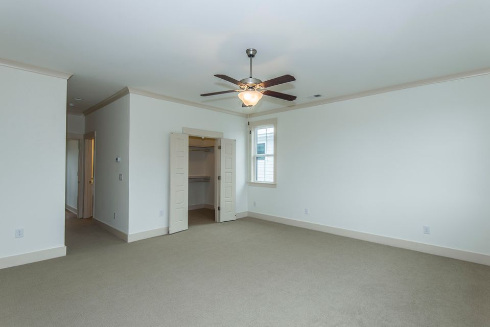 984  Key Colony Court Mount Pleasant, SC 29464
