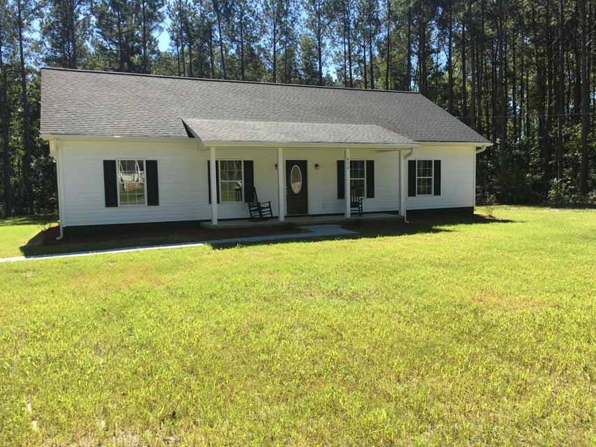 472  Cummings Chapel Road Ridgeville, SC 29472