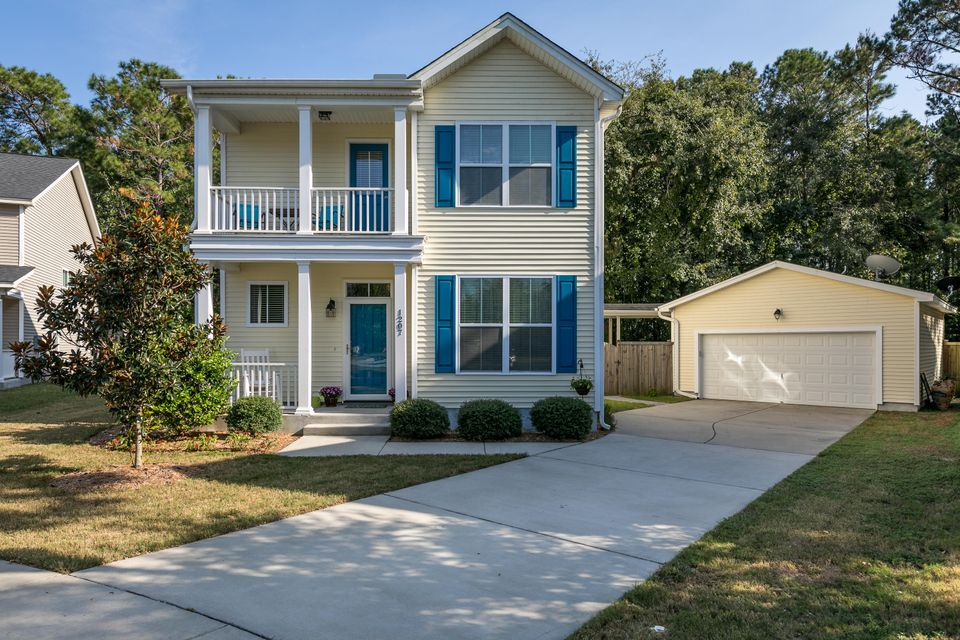 1207  Landau Lane Mount Pleasant, SC 29466