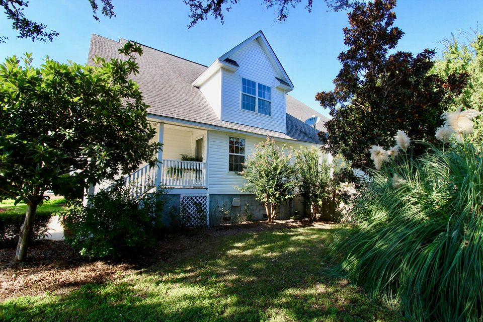 1702  Lotus Lane Charleston, SC 29412