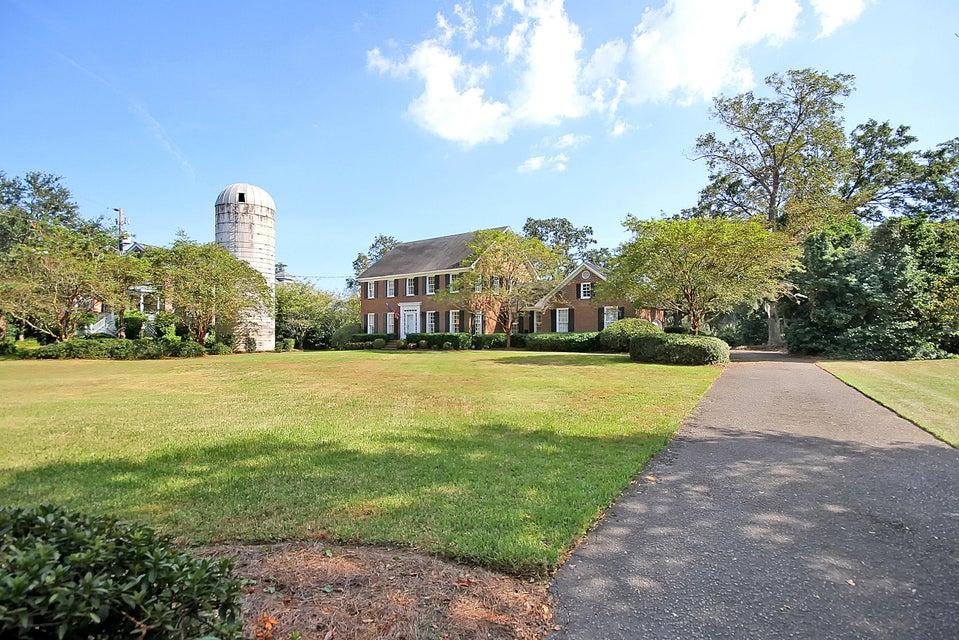 915  Paul Revere Court Charleston, SC 29412