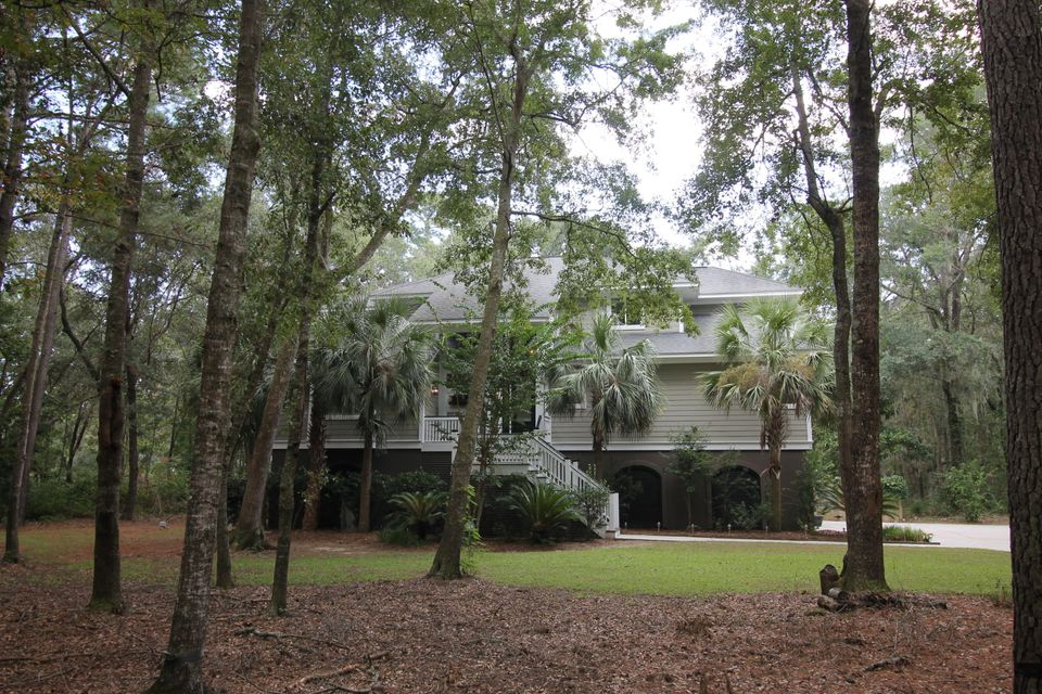 2985 Roast Duck Lane Johns Island, SC 29455