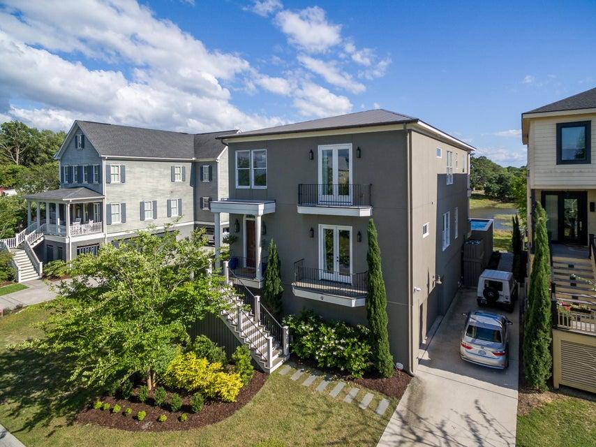 9  Lowndes Pointe Drive Charleston, SC 29403