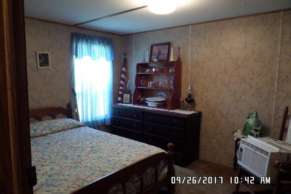 2483  Red Oak Rd Cottageville, SC 29435