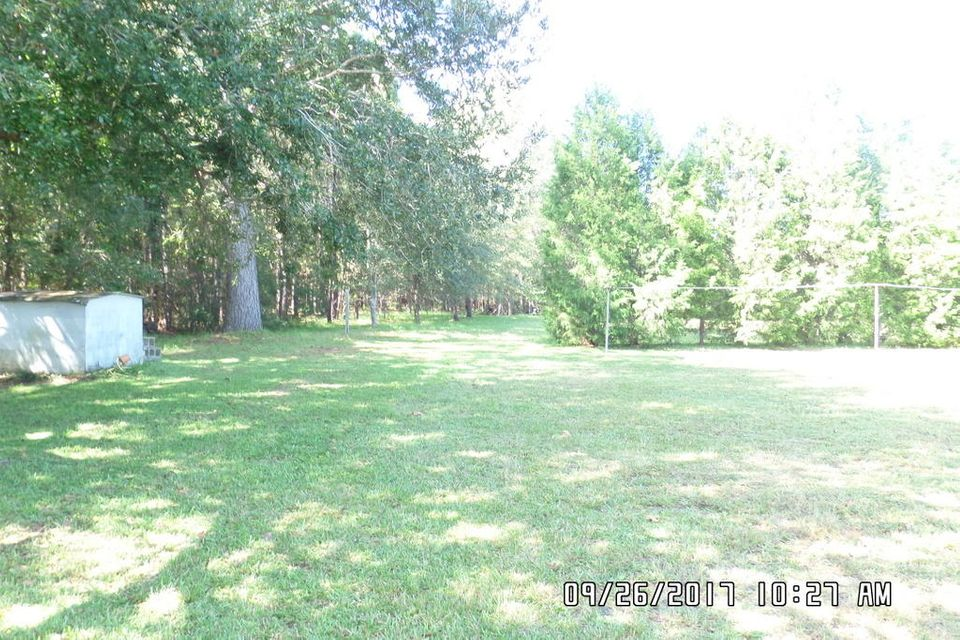 2483  Red Oak Rd Cottageville, SC 29435