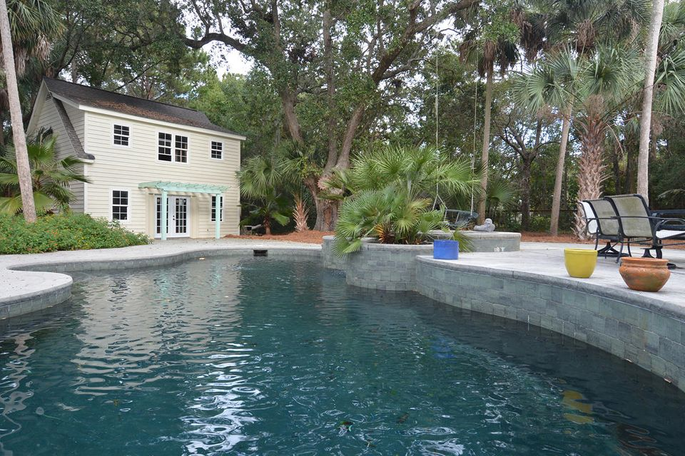 286 Forest Trail Isle Of Palms, SC 29451