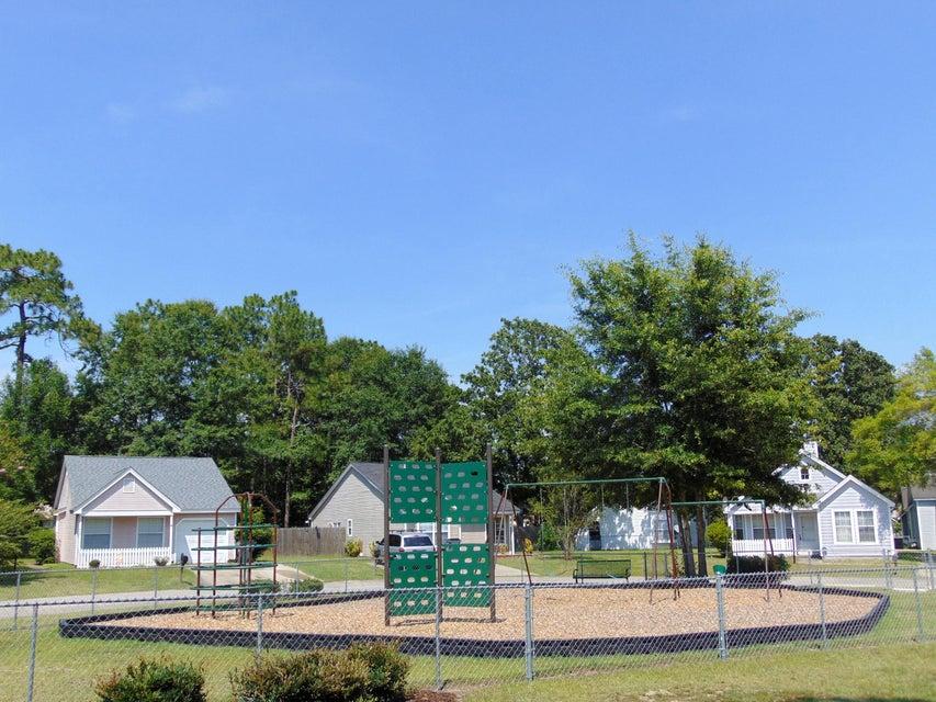 503  Hedge Way Summerville, SC 29486