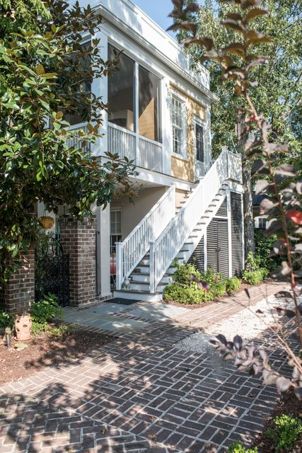 22  Fairhope Road Mount Pleasant, SC 29464