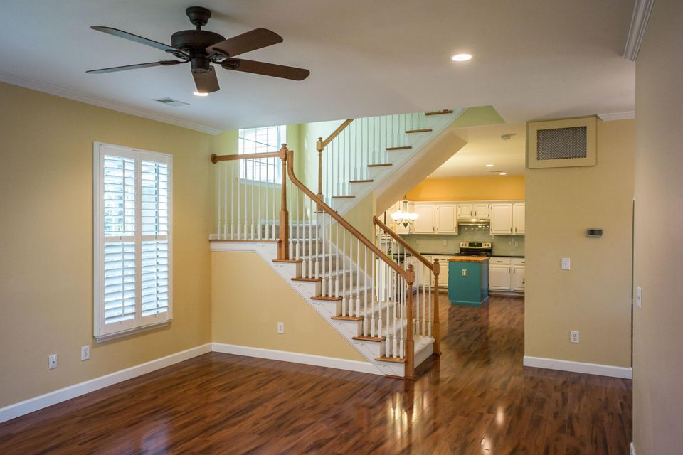159  Revolution Drive Mount Pleasant, SC 29464