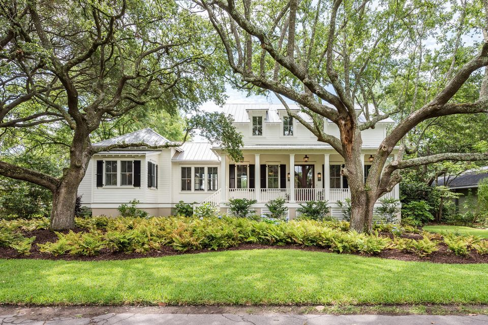 523 Deer Street Mount Pleasant, SC 29464