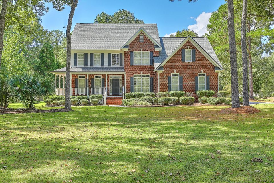 3214  Cottonfield Drive Mount Pleasant, SC 29466