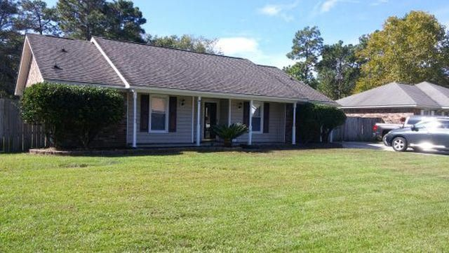 212  Longleaf Road Summerville, SC 29483