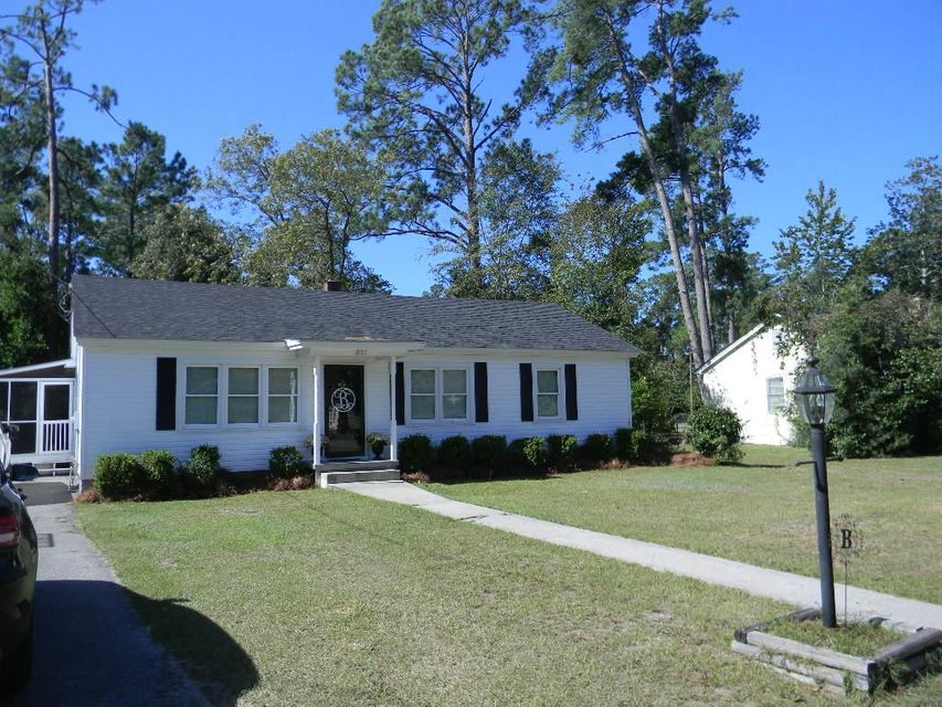807 W Poplar Street Hampton, SC 29924