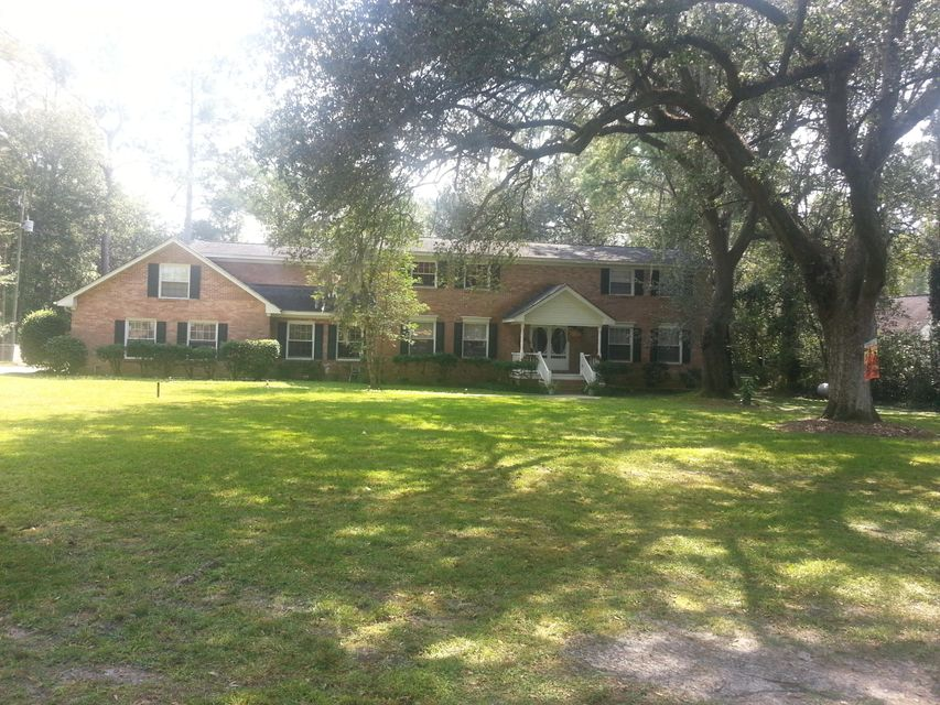 114 W Johnston Street Summerville, SC 29483