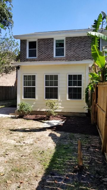 2432  Quail Hollow Court Charleston, SC 29414