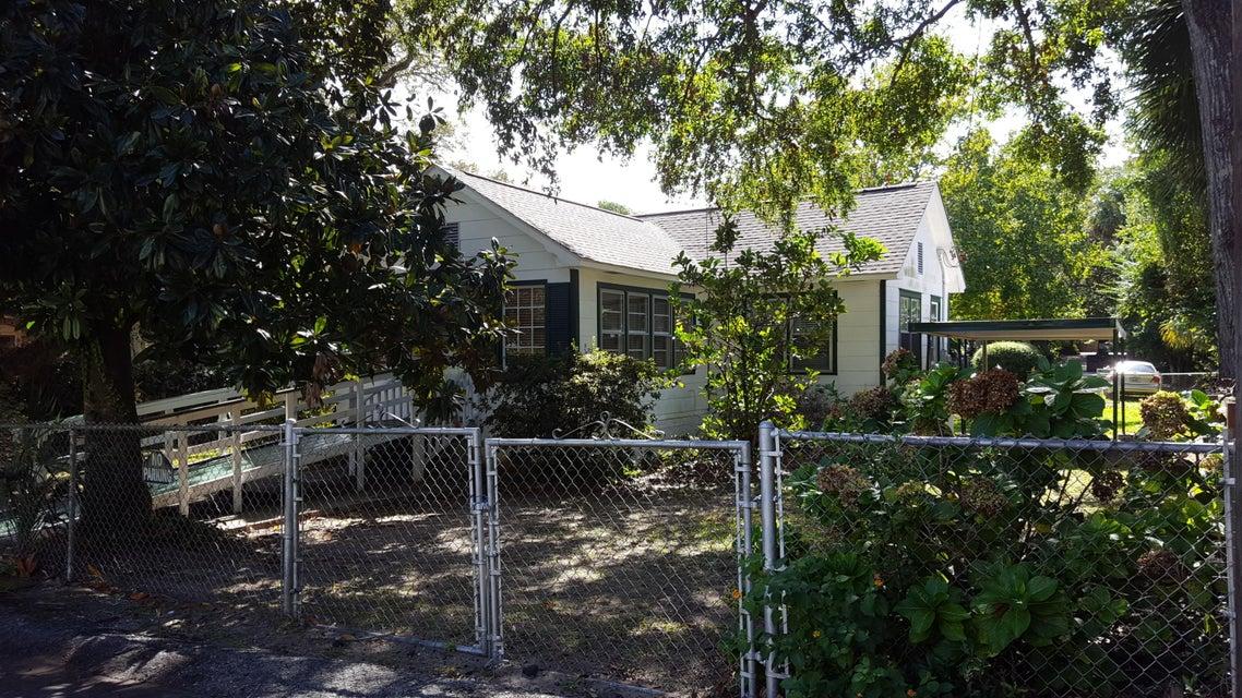 107 Carr Street Mount Pleasant, SC 29464
