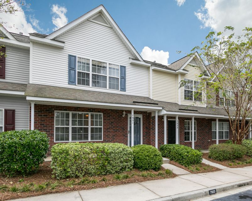 7931  Shadow Oak Drive North Charleston, SC 29406