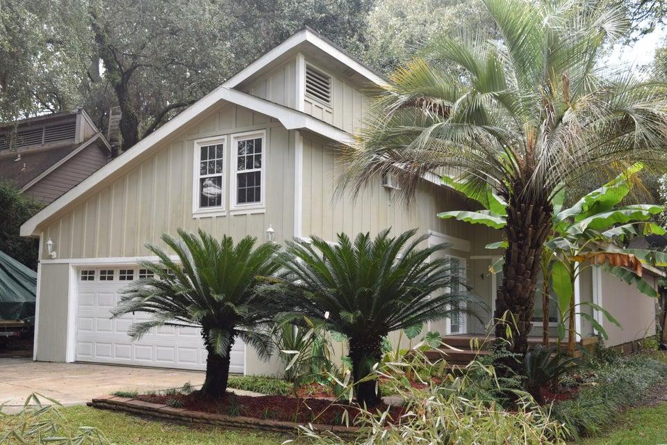 110  Scottswood Drive North Charleston, SC 29418