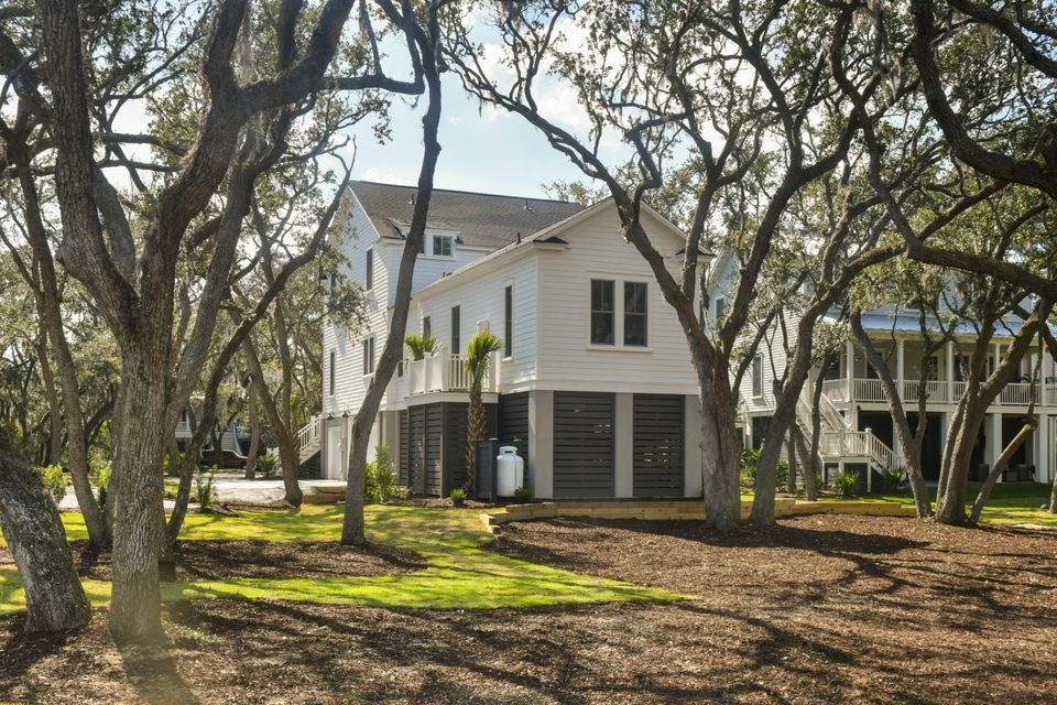 1866  Headquarters Plantation Drive Johns Island, SC 29455
