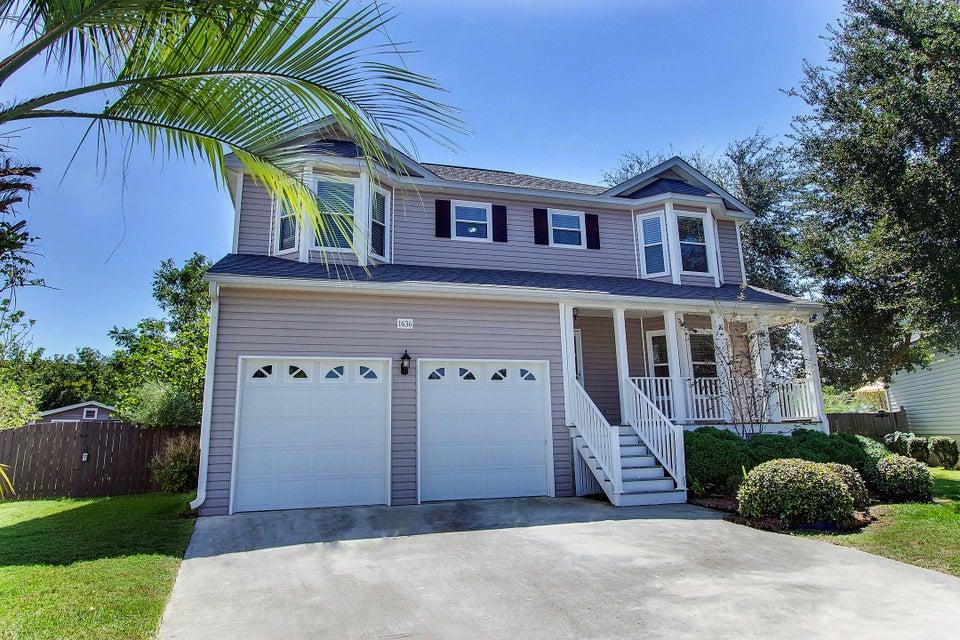1636 Ocean Neighbors Boulevard Charleston, SC 29412