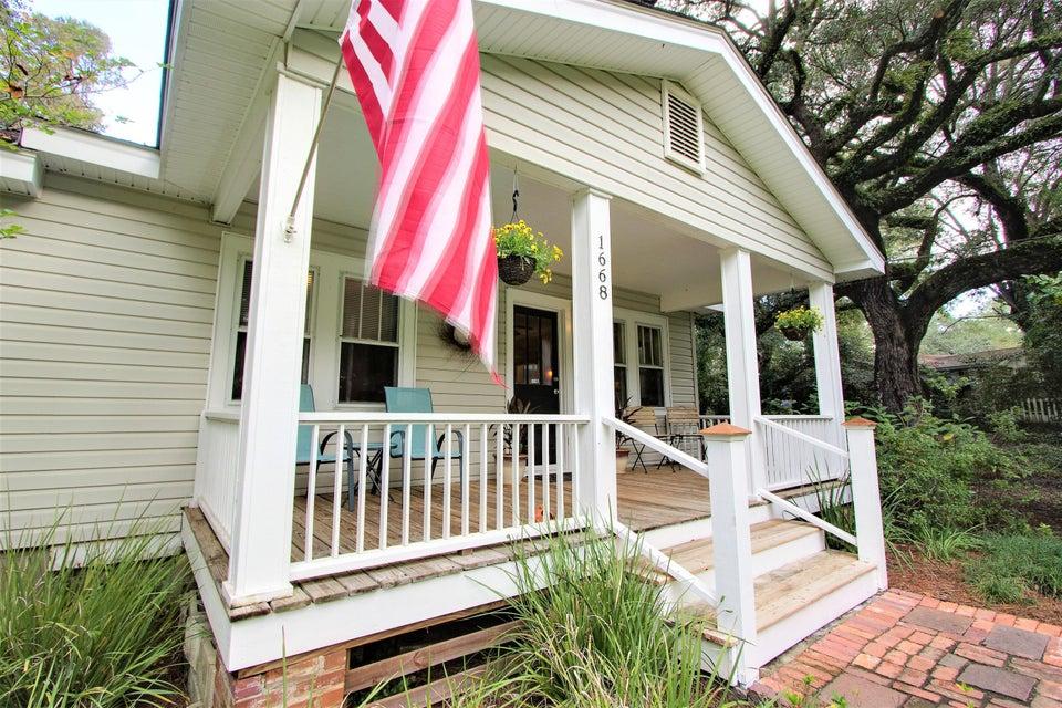 1668 Dogwood Road Charleston, SC 29414