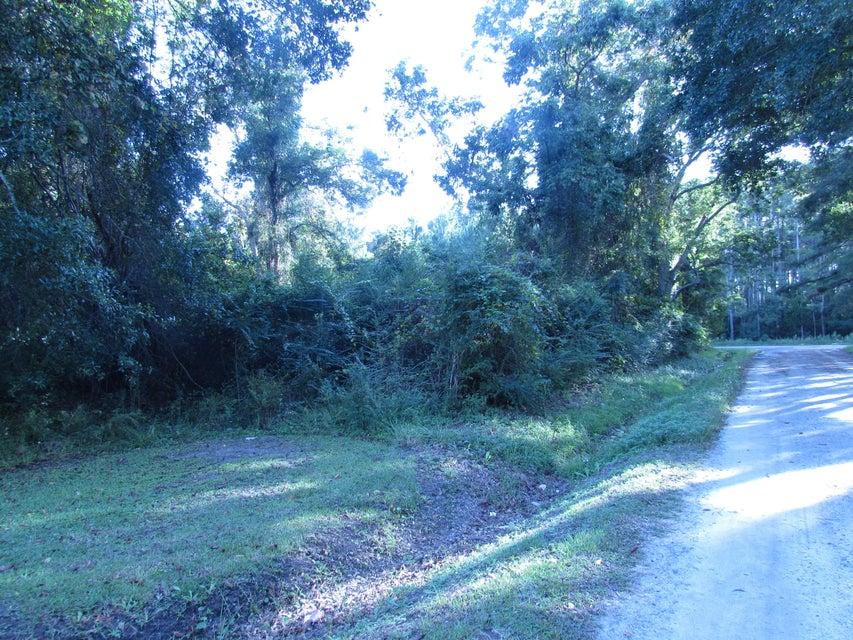 Bellfield Road Mcclellanville, SC 29458