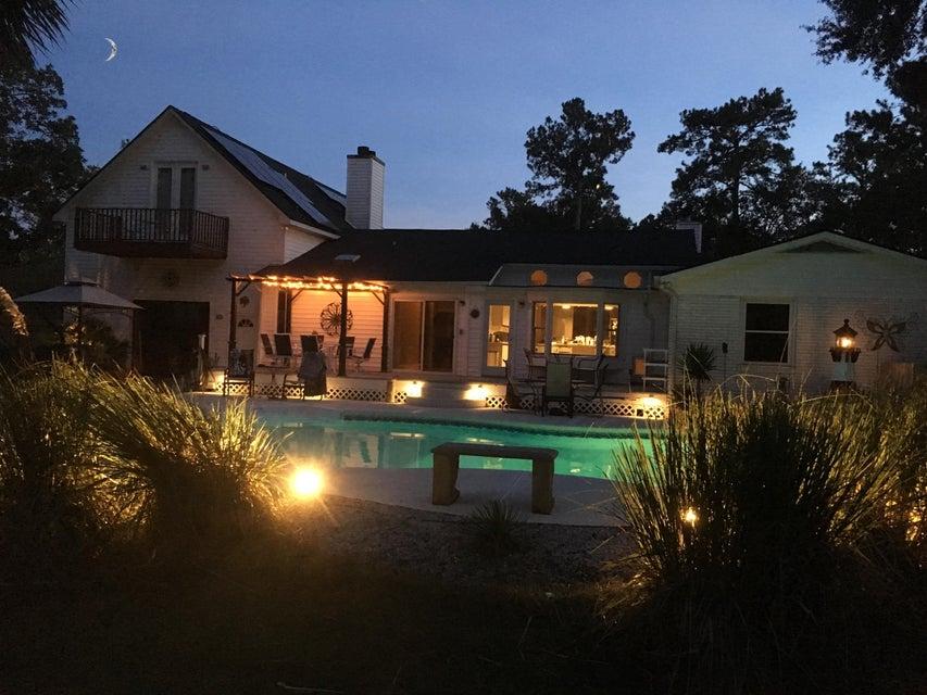 1410 N Edgewater Drive Charleston, SC 29407