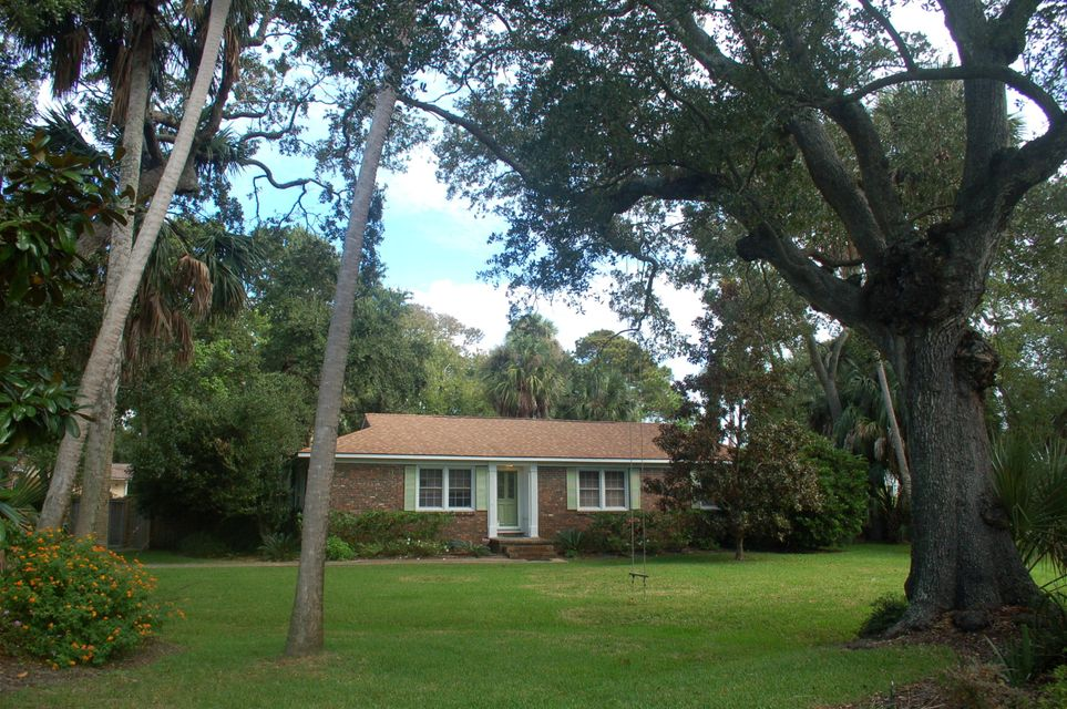 16  29TH Avenue Isle Of Palms, SC 29451