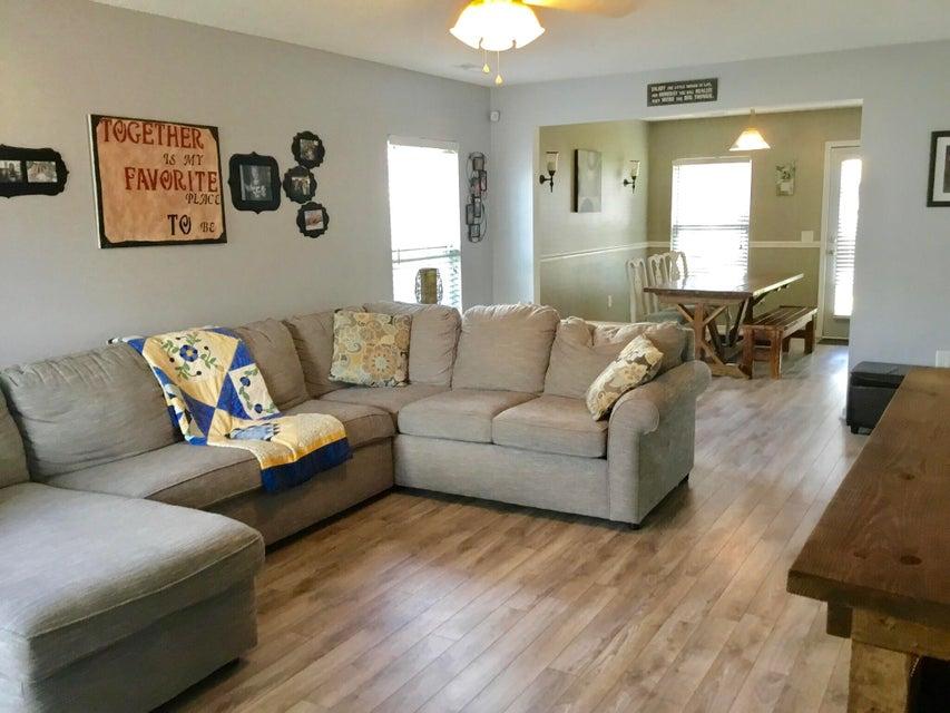 5066  Thornton Drive Summerville, SC 29485