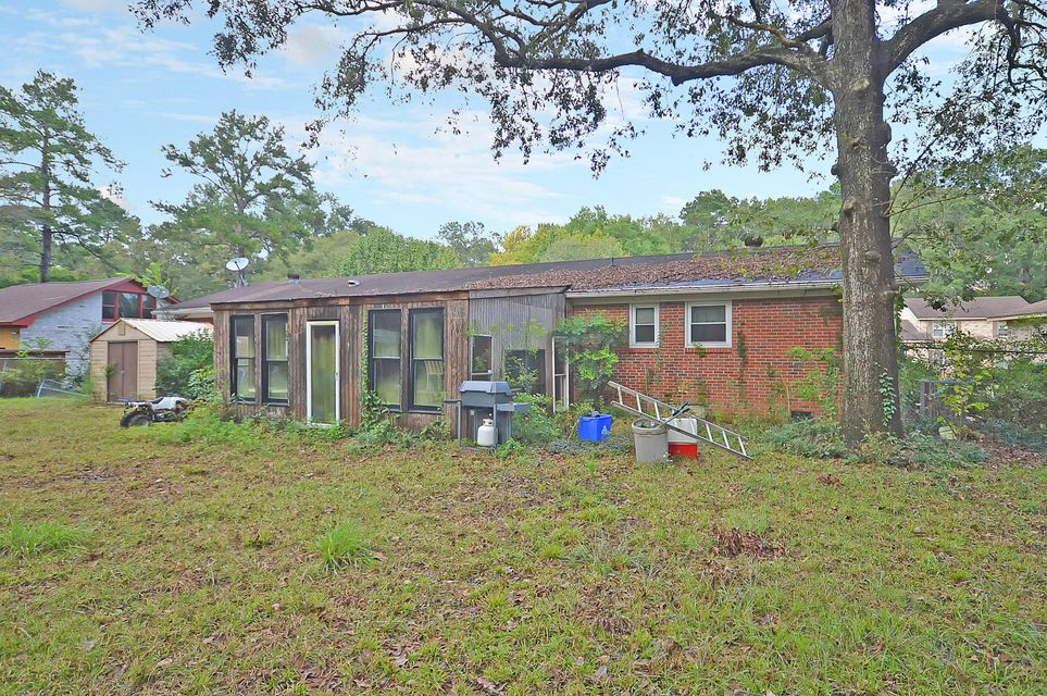8045 Nantuckett Avenue North Charleston, SC 29420