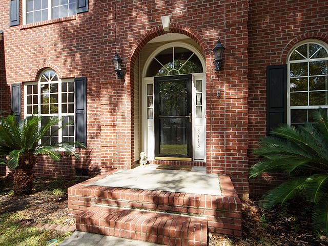 8713  Chamblee Court North Charleston, SC 29420