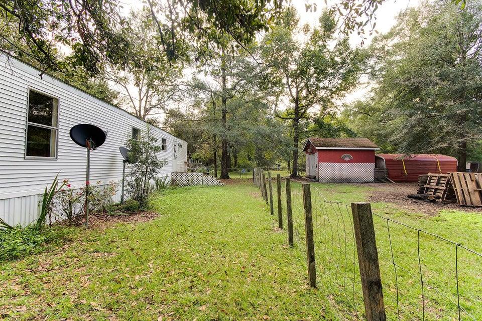 147  Sandpit Drive Ridgeville, SC 29472