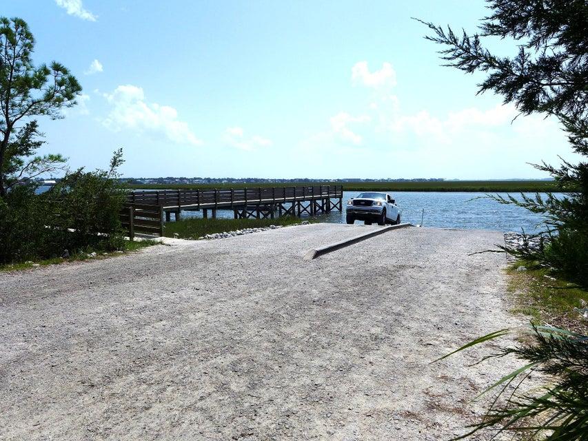 8295  Palmetto Road Edisto Island, SC 29438
